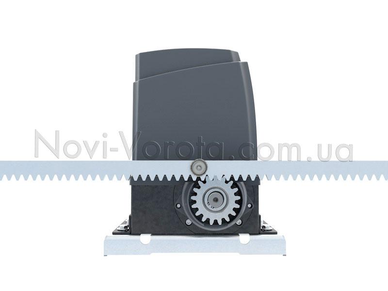 Взаимодействие внешней шестерни МТ-1000 с зубчатой рейкой