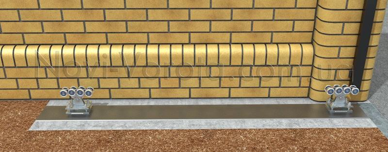 Роликові опори, встановлені на швелері на монтажних пластинах