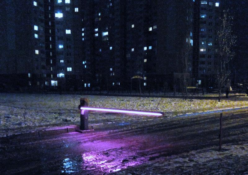 Шлагбаум со светодиодной лентой