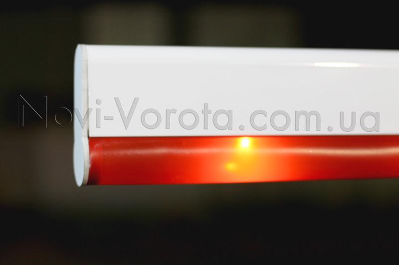 Светодиодная лента шлагбаума