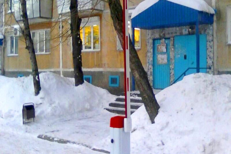 Шлагбаум Professional работает зимой