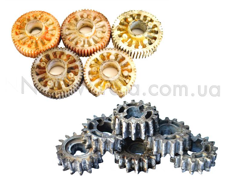 Отработанные полимерные и силуминовые шестерни