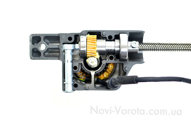 Червячная передача в редукторе привода Rotelli MT400