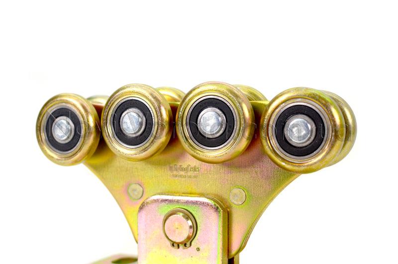 Металлический шарнир со стопорным кольцом