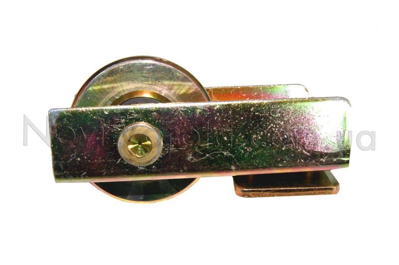 Общий вид нижнего концевого ролика из металла