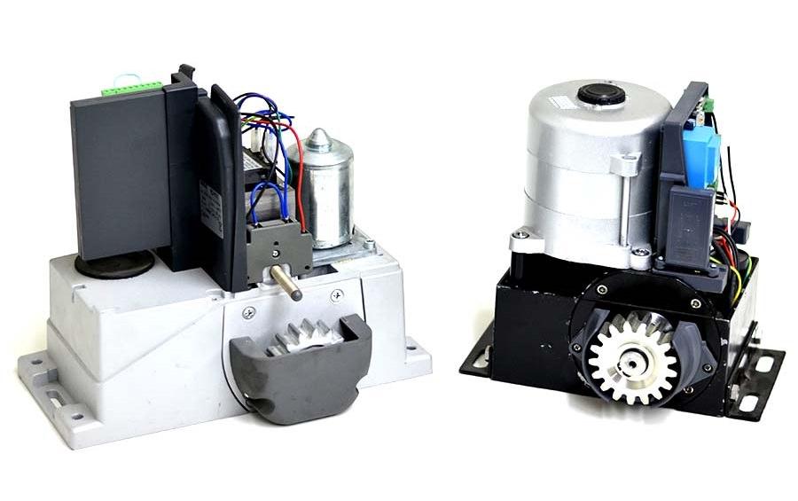два приводи з різними двигунами