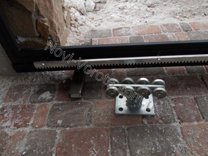 Лапы для сборки каркаса раздвижных ворот