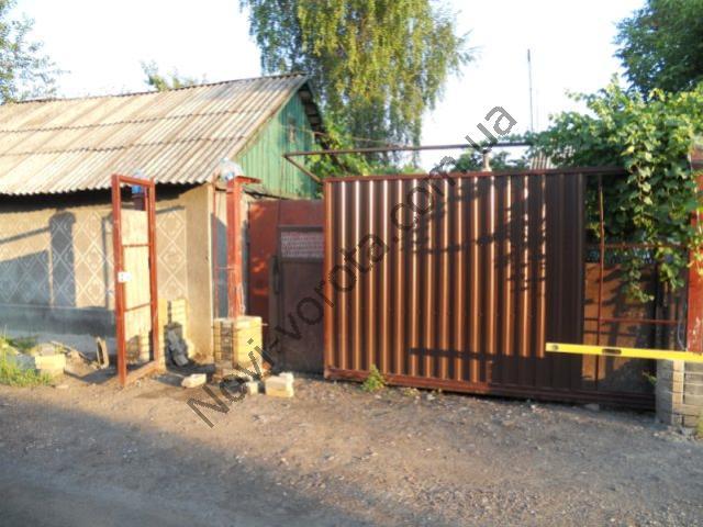 Откатные ворота своими руками - фото из города Доброполье Донецкой области