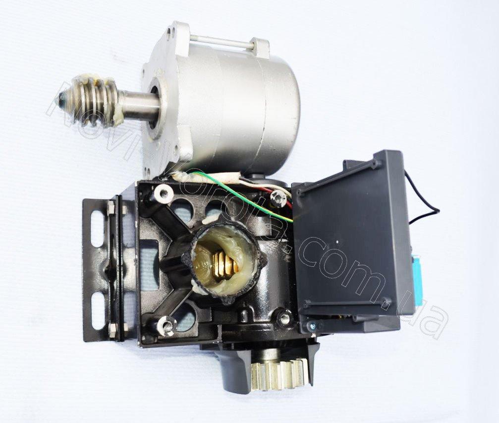Двигатель Miller Technics 1000