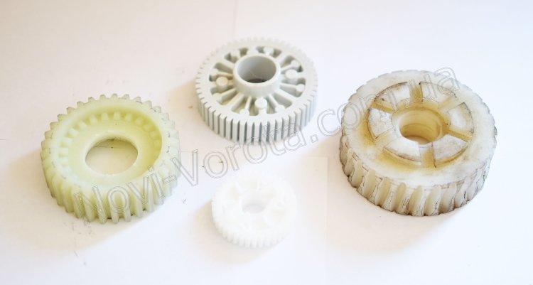 Пластиковые шестерни