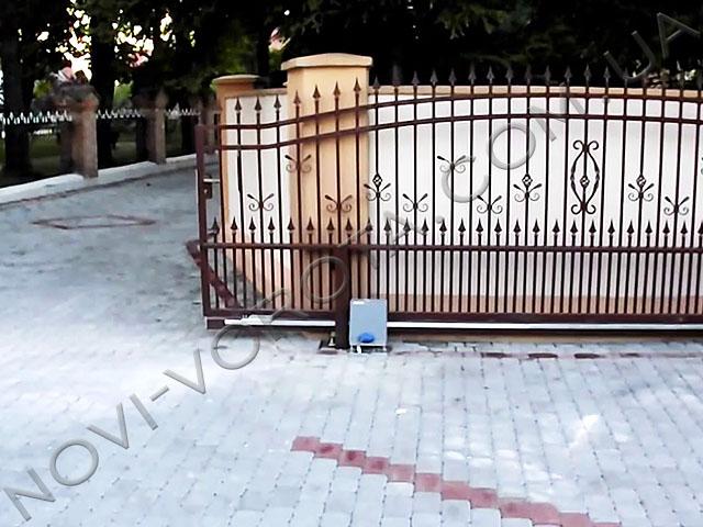 привод BFTDEIMOS на откатных воротах